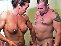 Naked Female Bodybuilder Fucks And Sucks Cock Nuvid