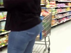 Big Wide Country Ass Milf In Tiht Jeans
