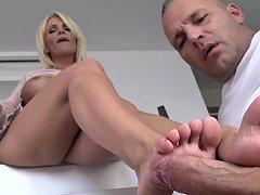 Hungarian Milf Tiffany Rousso Enjoys Foot Fetish