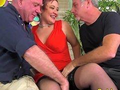 Mature Cumslut Scarlett O Ryan Used By Five Men