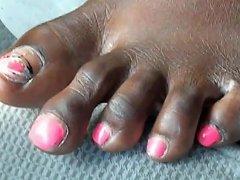 Brittni Robinson Pink Toenails